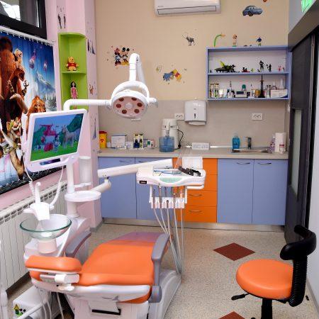 Детска стоматология - Детски зъболекар