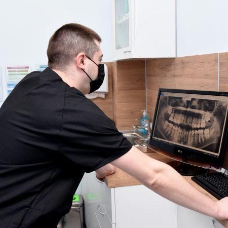 Дентална рентген снимка